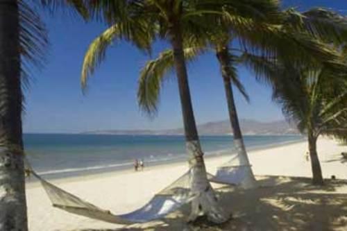 Bucerias beach 77ff8cbbee036a6dcd5d2c15b719e427f25597607494c9e0d6a2f329cea18cb0