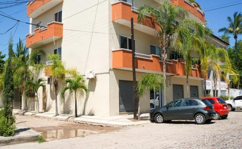 120 Merida, Versalles: 4 Depas & 4 Locales, Puerto Vallarta, Ja