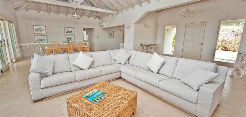 Antigua villa 13 04