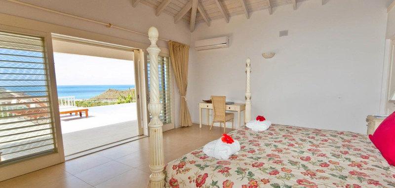 Antigua villa 13 08