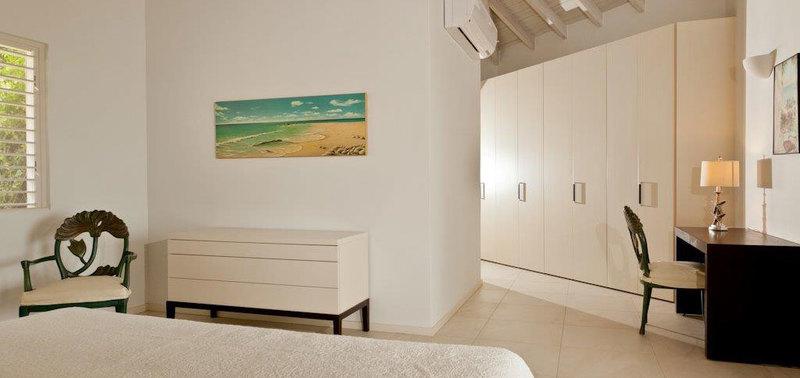 Antigua villa 014 11