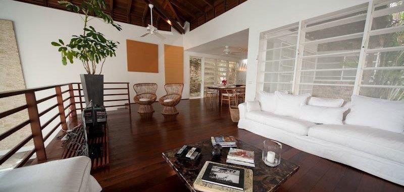 Antigua villa 16 07