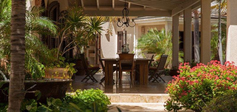 Antigua villa 25 23