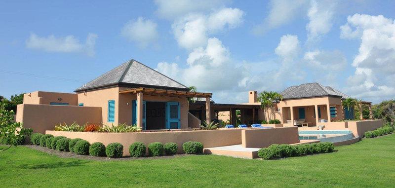 Antigua villa 4 02