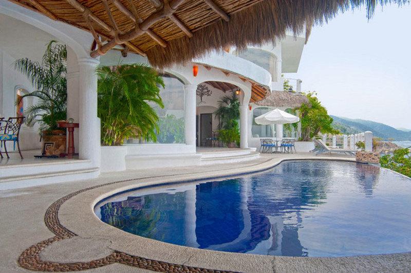 Casa Azul Profundo Villa Rental