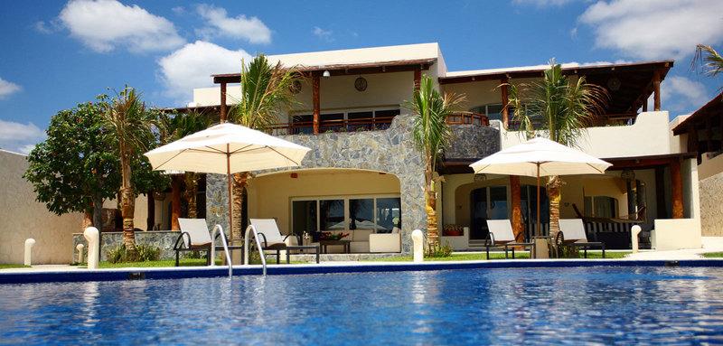 Azul villa carola 18