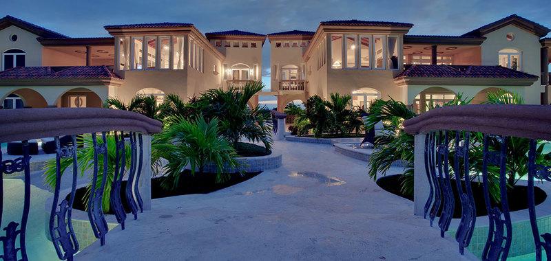 Belize brushstroke villa 18