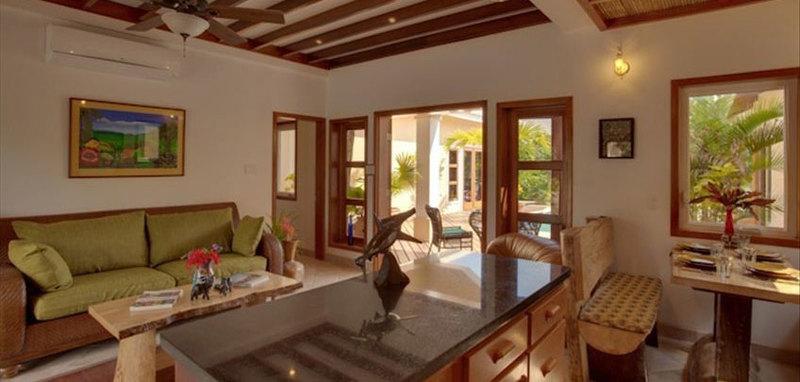 Belize cocoplum villa1 03