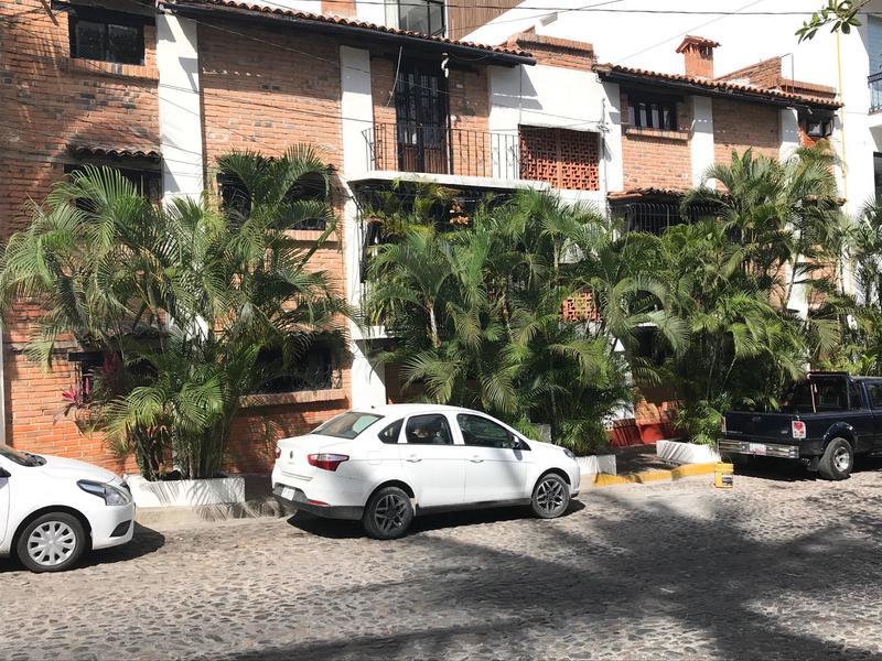 Casa De Los Almendros 1 & 2
