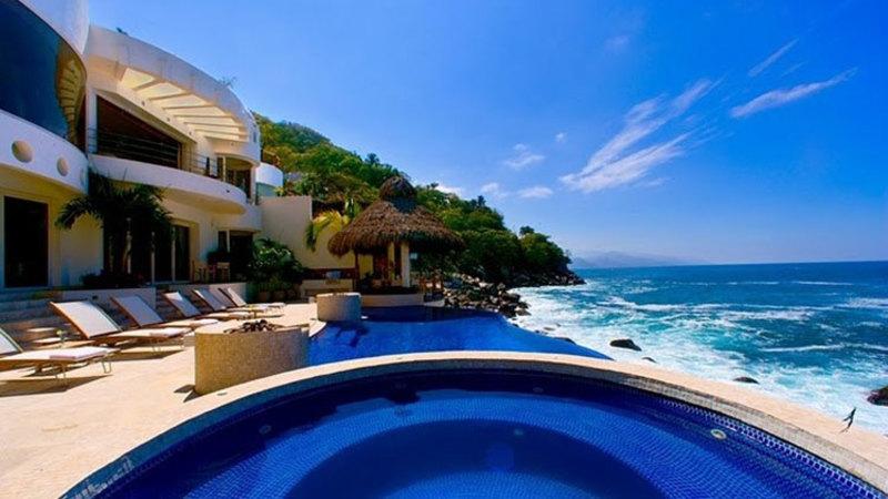 Esplendora Villa Rental