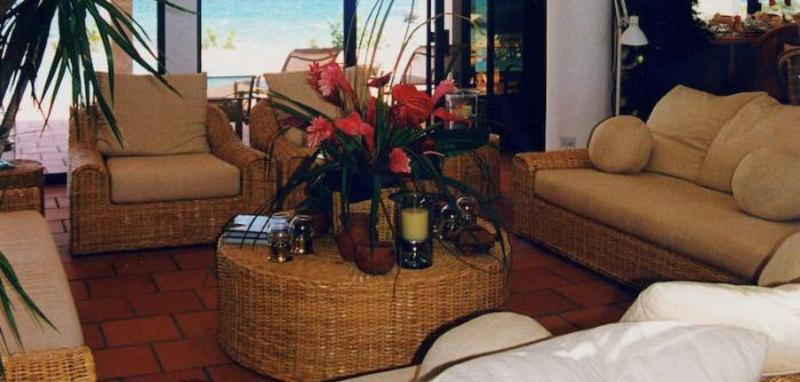 Anguilla grand villa5 03