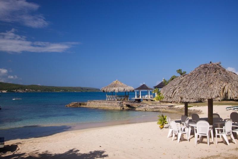 Linga awile jamaica villas01