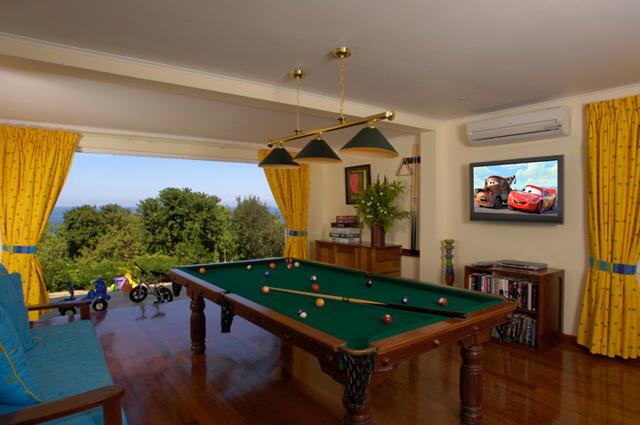 Pool table1a 2201600376 o