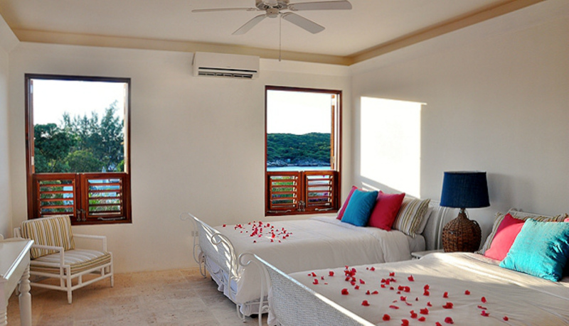 Out of the blue jamaica villas14