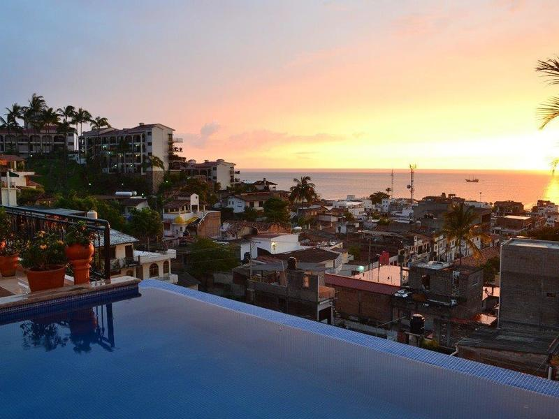 Sunset Penthouse PH6