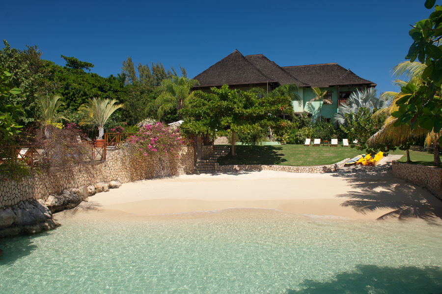 Whispering waters jamaica villas 02